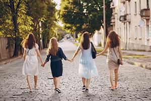 נשים בונות קהילה